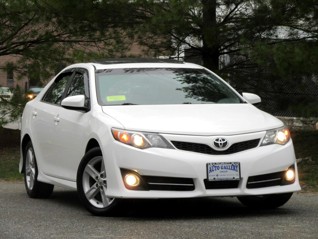 Toyota Camry 2014.5 4dr Sdn I4 Auto SE Sport (Natl) 2014