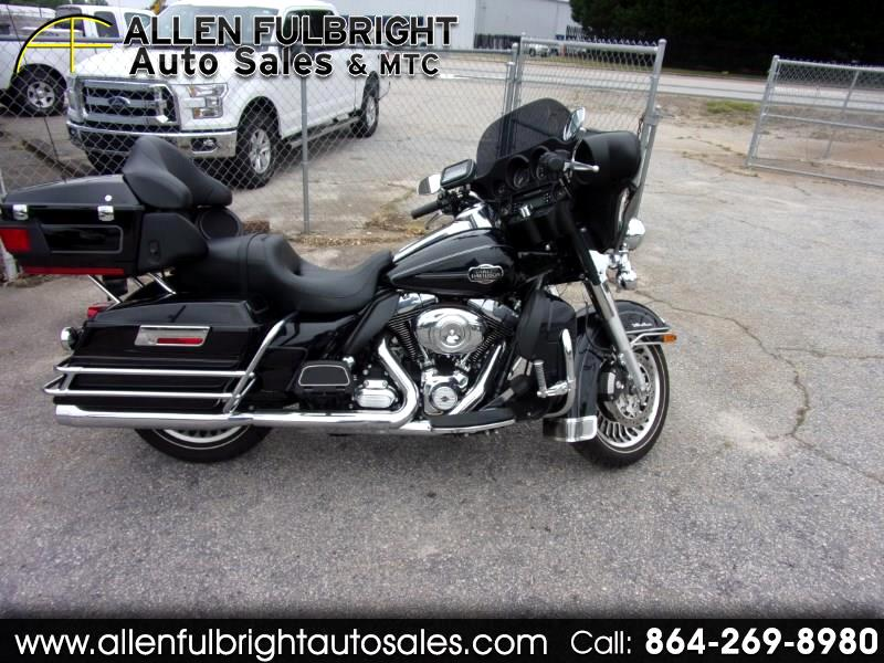 2012 Harley-Davidson FLHTCU