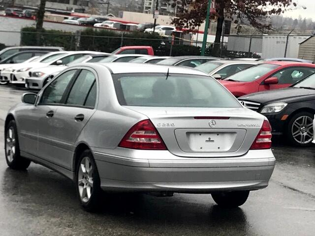 2005 Mercedes-Benz C-Class C230 Kompressor Sedan
