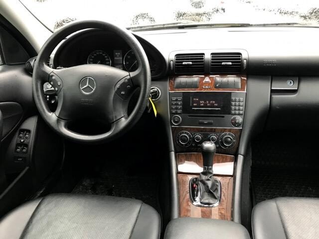 2005 Mercedes-Benz C-Class C230 Kompressor Sedan