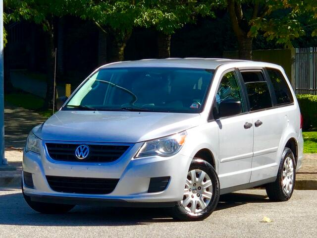 2009 Volkswagen Routan 4.0 7 Passengers Stow N Go