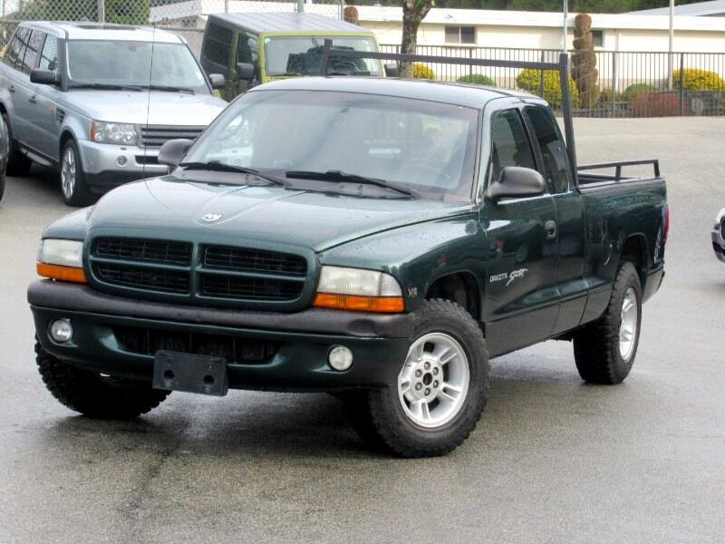 2000 Dodge Dakota Club Cab 2WD