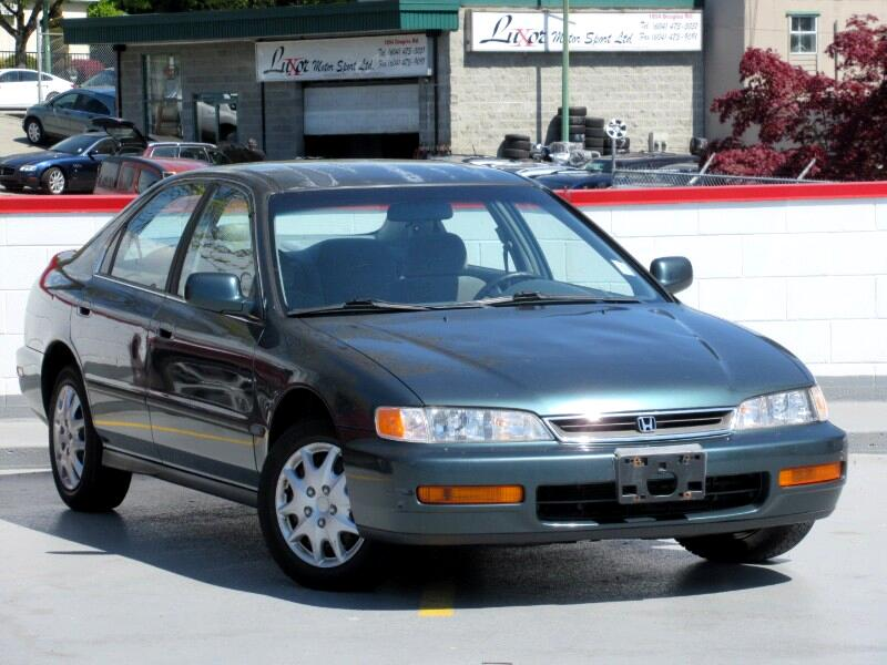 1996 Honda Accord DX sedan