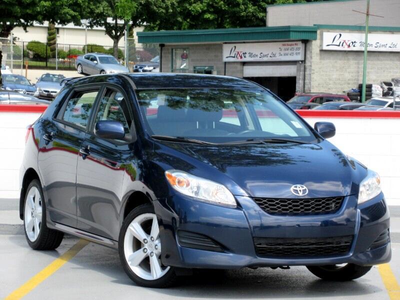 2009 Toyota Matrix S 5-Speed AT