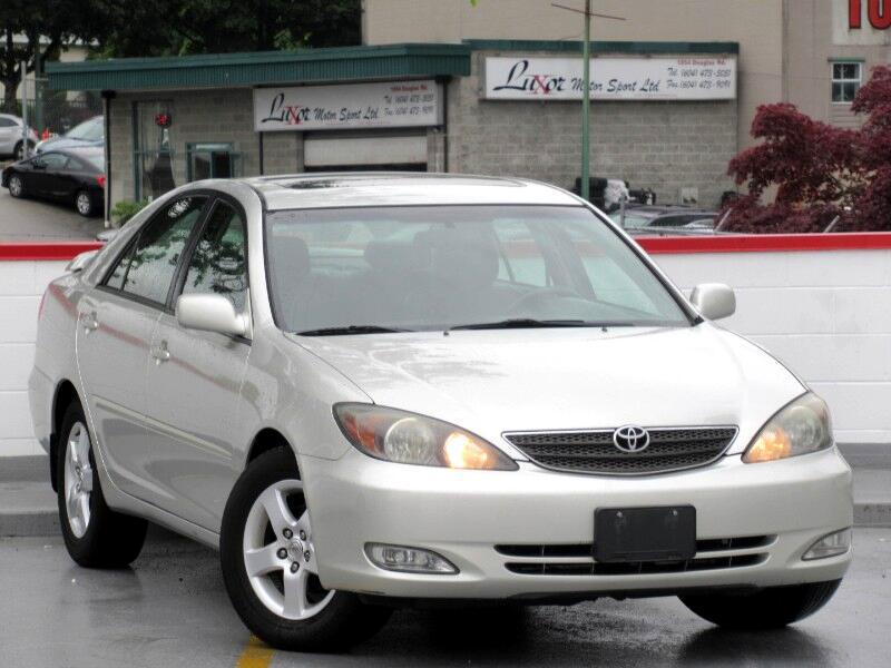 2004 Toyota Camry SE