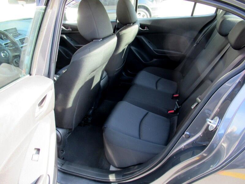 2014 Mazda MAZDA3 i Sport AT 4-Door