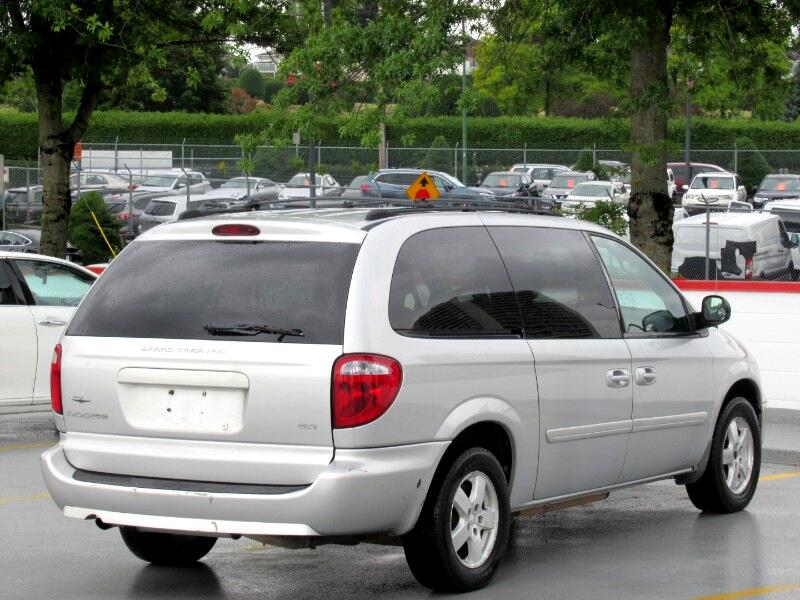 2005 Dodge Grand Caravan SXT STOW N GO