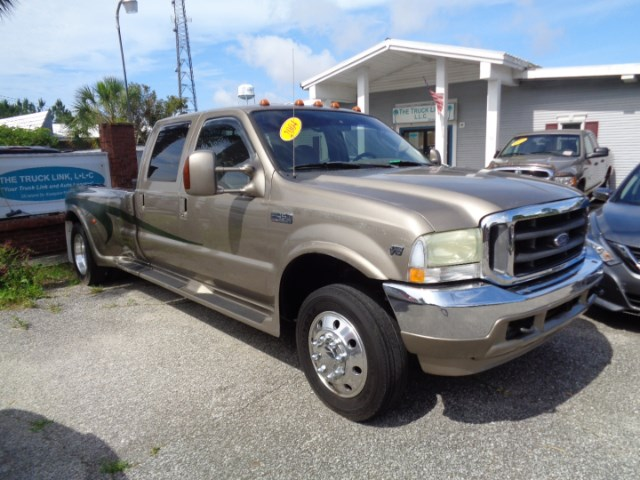 2004 Ford F-450 SD Crew Cab 2WD DRW
