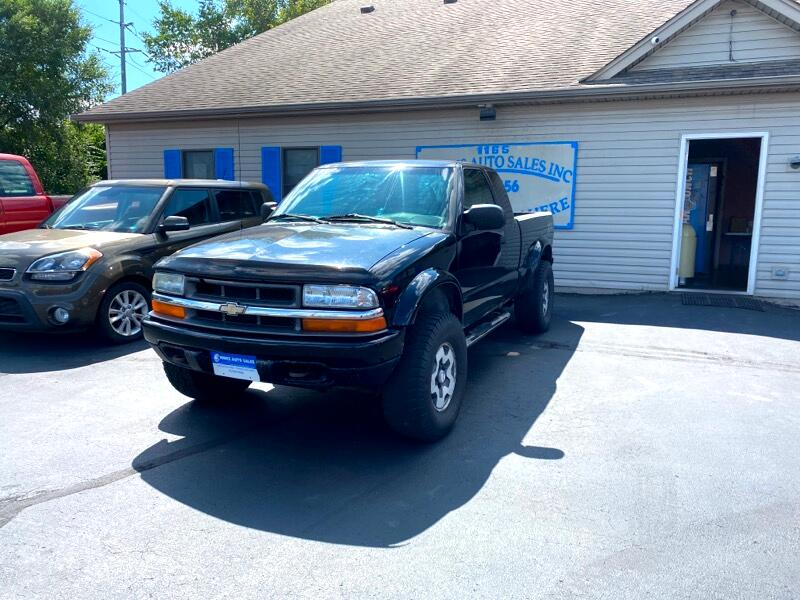 Chevrolet S10 Pickup LS Ext. Cab 4WD 2002