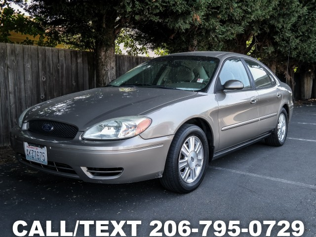 2005 Ford Taurus SES