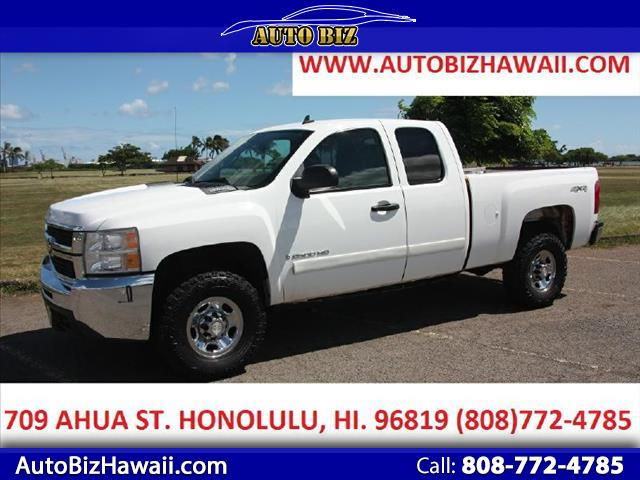 2008 Chevrolet Silverado 2500HD Work Truck Ext. Cab Std. Box 4WD
