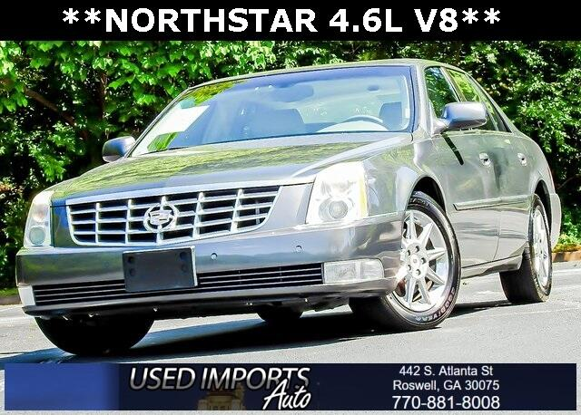 Cadillac DTS 4dr Sdn Luxury Collection 2011