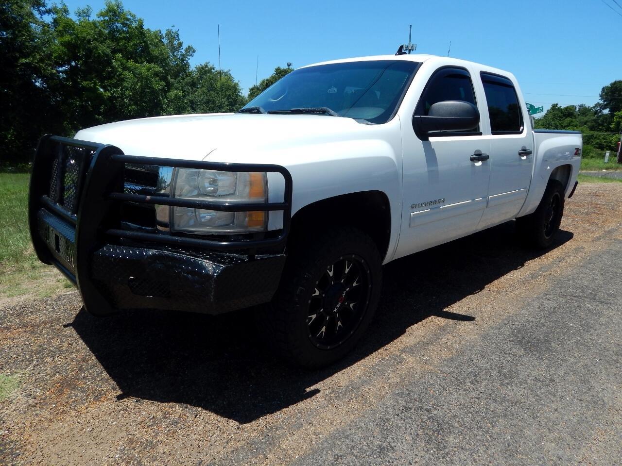 """2011 Chevrolet Silverado 1500 4WD Crew Cab 143.5"""" LT"""