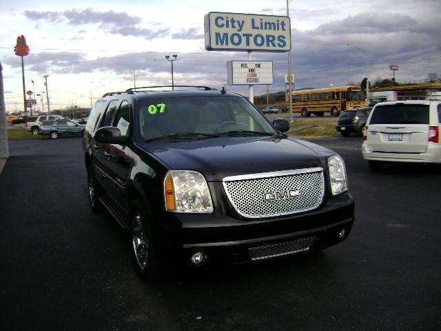 2007 GMC Yukon XL 1500 4x4