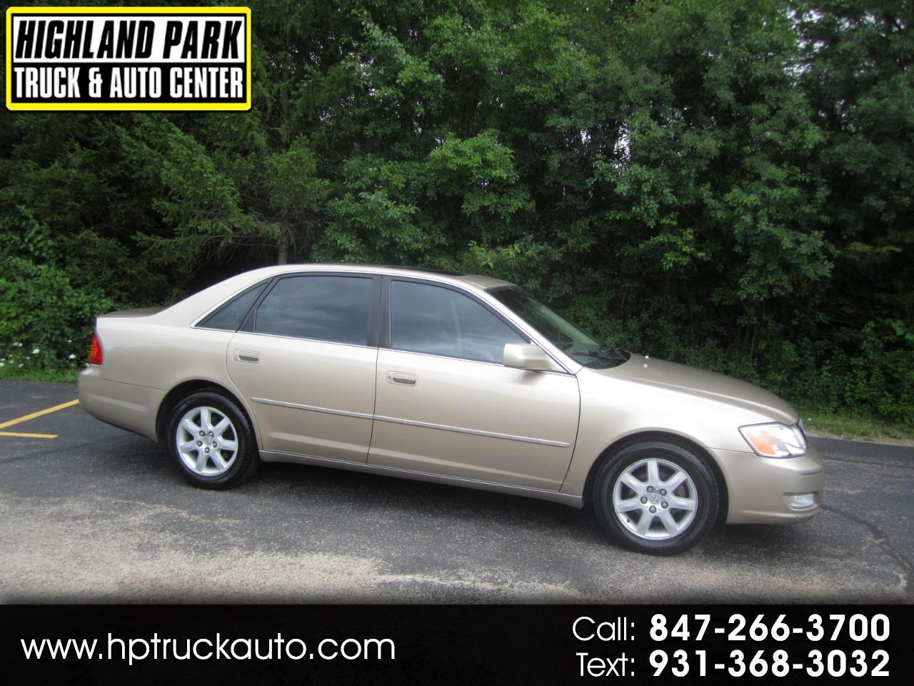 Toyota Avalon 2001 for Sale in Highland Park, IL