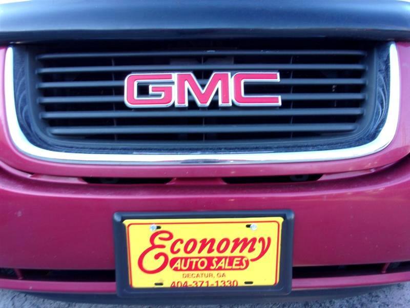 GMC Envoy SLE 2WD 2005