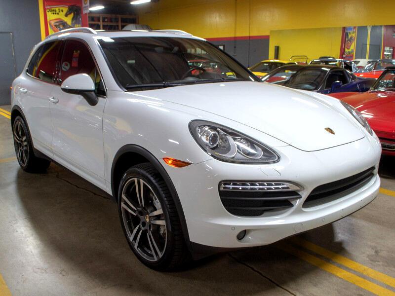 Porsche Cayenne S 2013