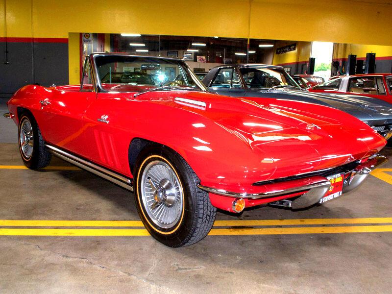 Chevrolet Corvette Convertible 1965