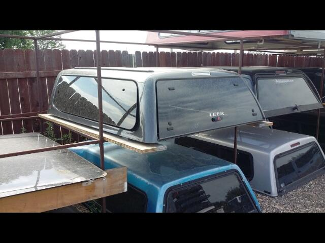 1 Toyota Tacoma 6' Bed Access Cab LEER 100XQ