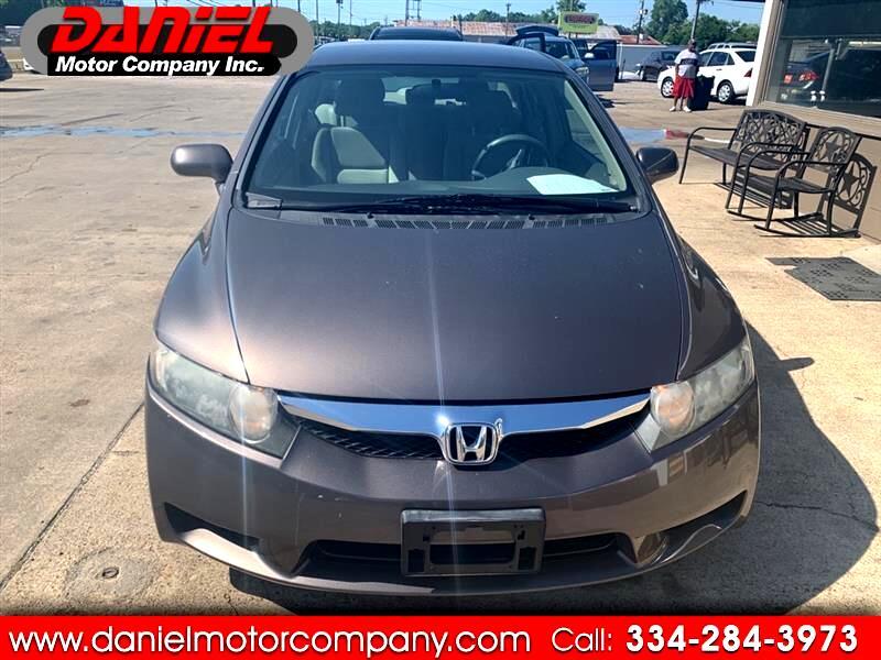 Honda Civic LX Sedan 5-Speed AT 2011
