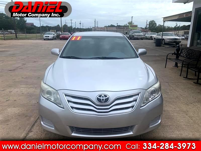Toyota Camry Base 6-Spd AT 2011