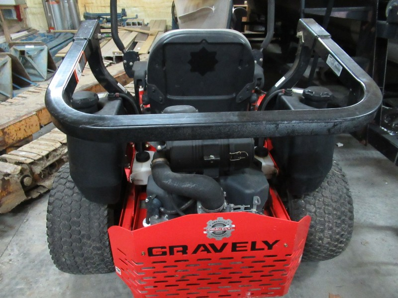 2011 Gravely Walk-Behind Pro Turn 260 Commerical 60