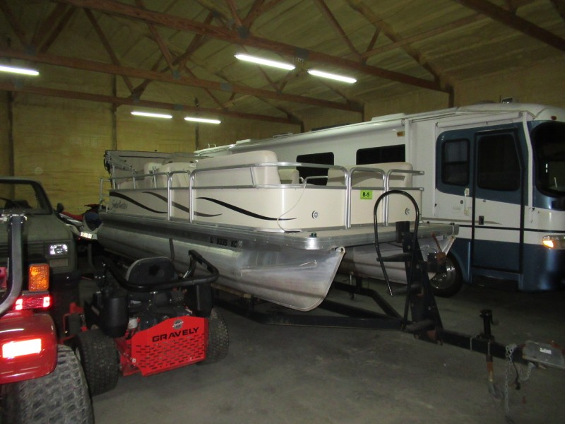 2008 Godfrey Sweetwater 2180RE Pontoon Boat