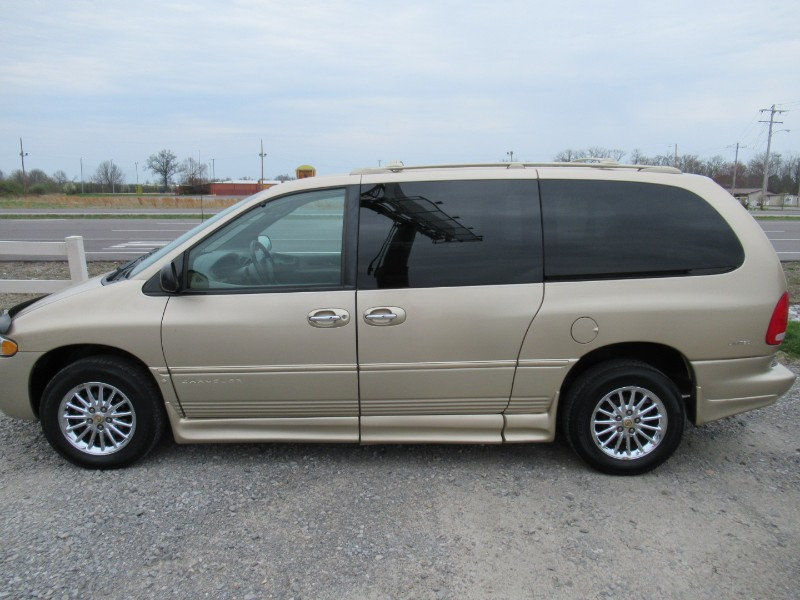 Chrysler Town & Country Limited FWD 1999