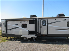 2016 Sunset Trail Super Lite LT22BH BY CrossRoads