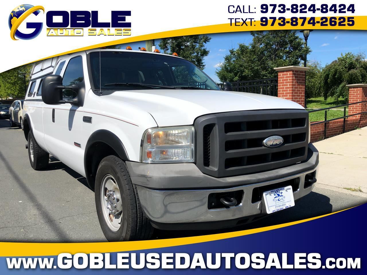 2005 Ford Super Duty F-250 2WD Crew Cab 156