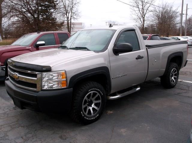 Chevrolet Silverado 1500 Work Truck Std. Box 2WD 2008