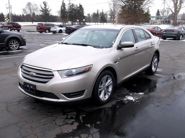 Ford Taurus SEL FWD 2017