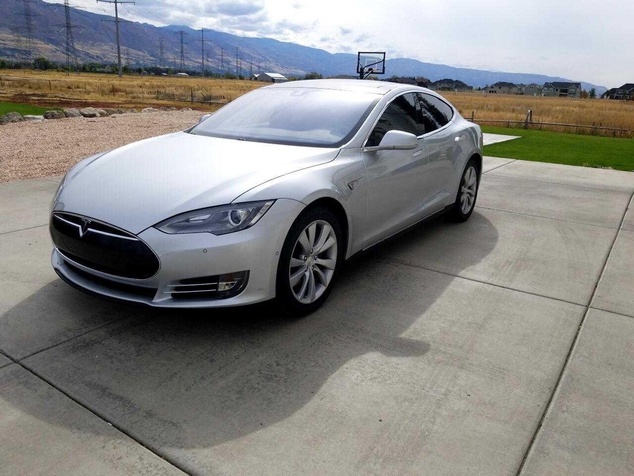 2015 Tesla Model S 4dr Sdn AWD 85D