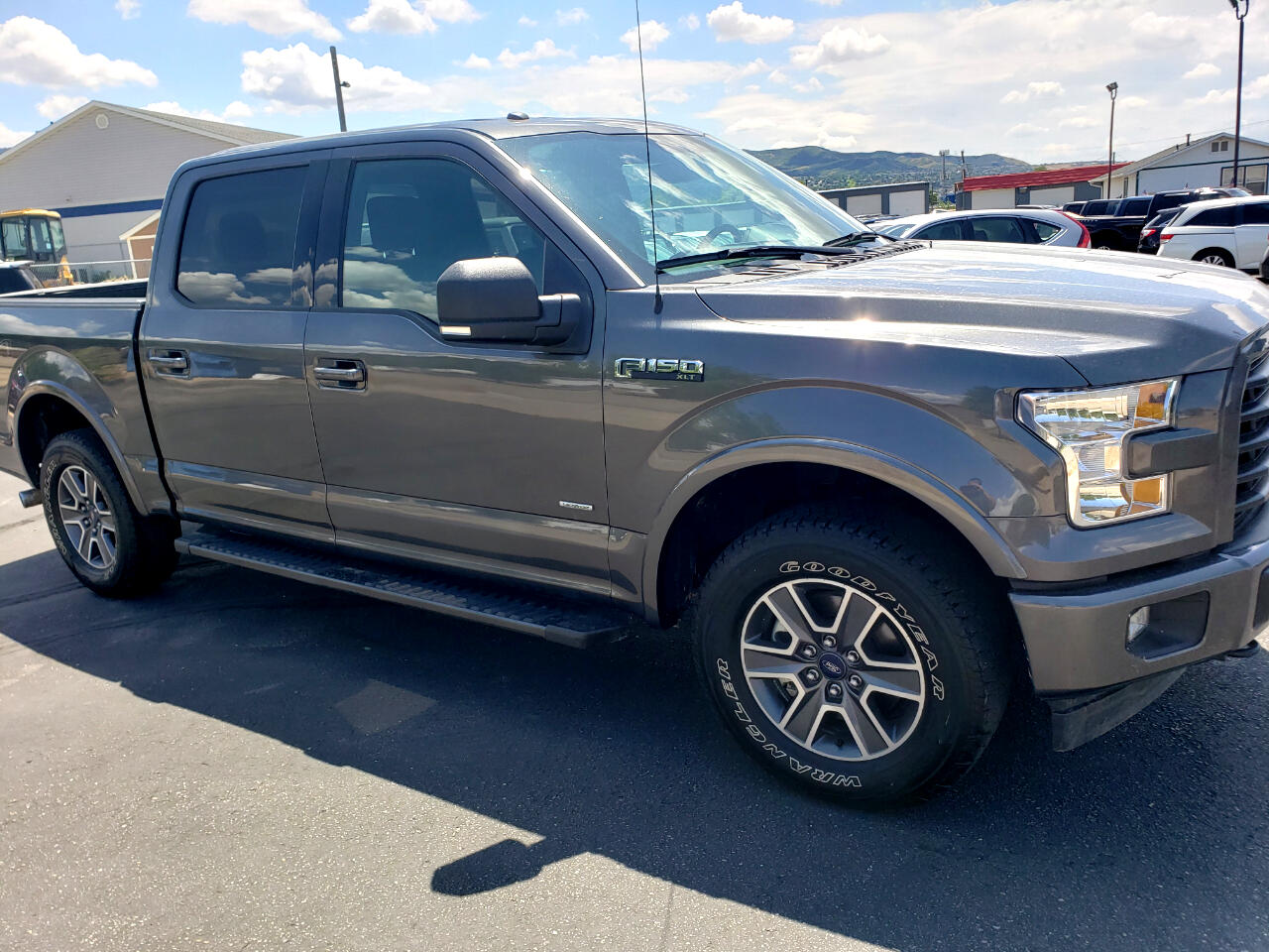 "Ford F-150 4WD SuperCrew 150"" FX4 2017"