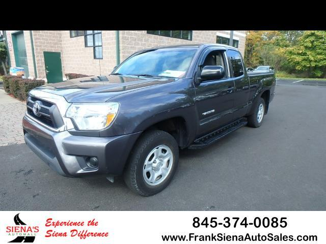 2015 Toyota Tacoma 2WD Access Cab I4 AT (Natl)