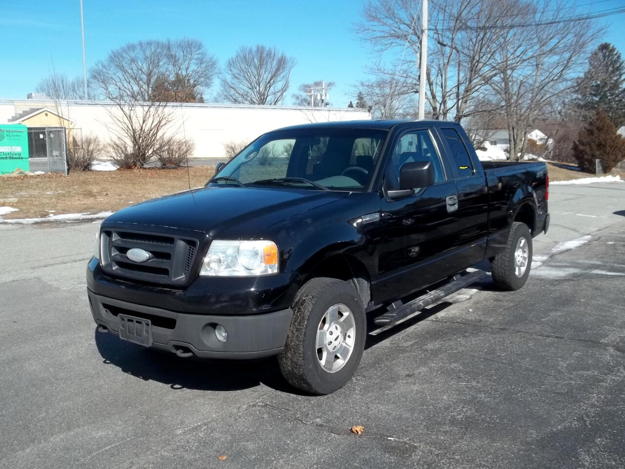 "Ford F-150 4WD SuperCab 163"" XL 2006"