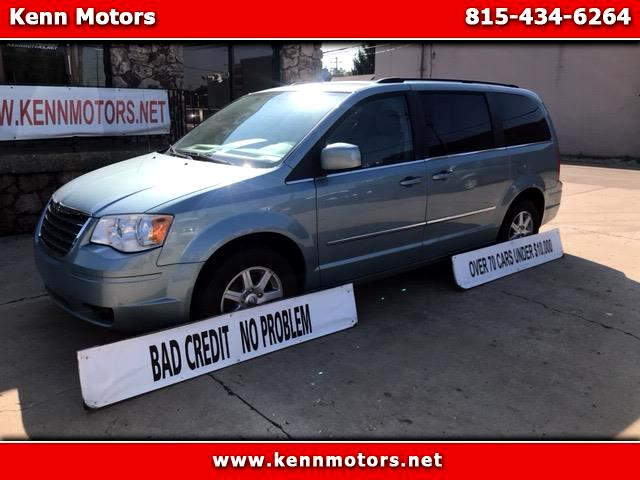 2010 Chrysler Town & Country 4dr Limited FWD