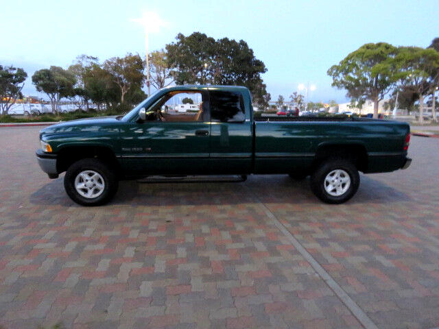 1996 Dodge Ram 1500 SLT Laramie Club Cab 8-ft Bed 4x4