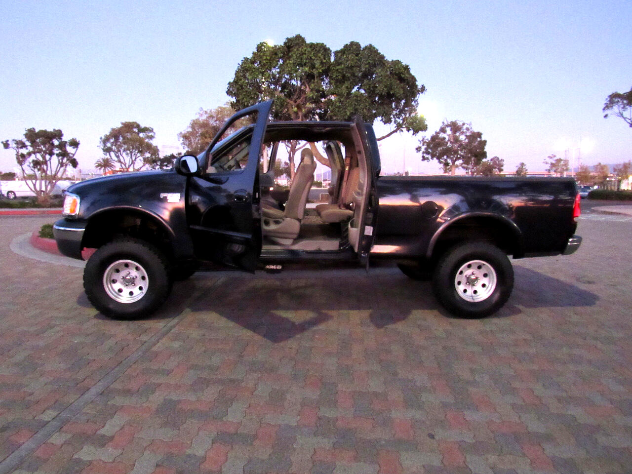 Ford F-150 XLT SuperCab Short Bed 4WD 2001