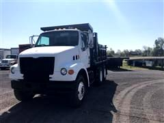 2000 Ford F800