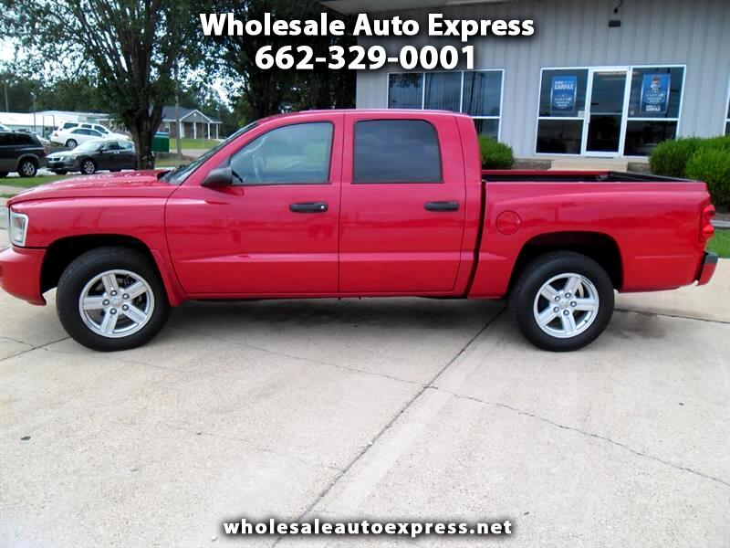 Dodge Dakota SXT Crew Cab 2WD 2011
