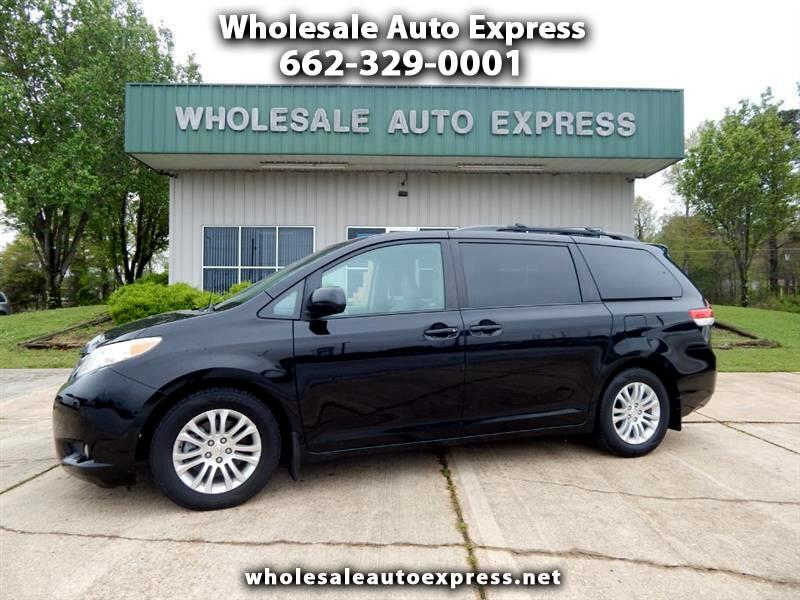 Toyota Sienna 5dr 7-Pass Van V6 XLE AAS FWD (Natl) 2011