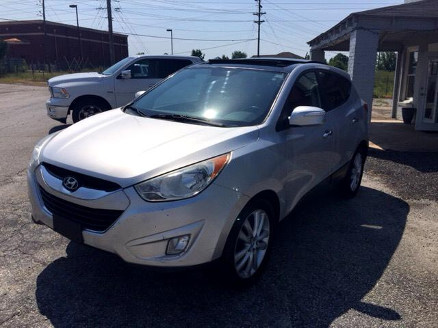 2010 Hyundai Tucson Limited w/Ultimate Package AWD