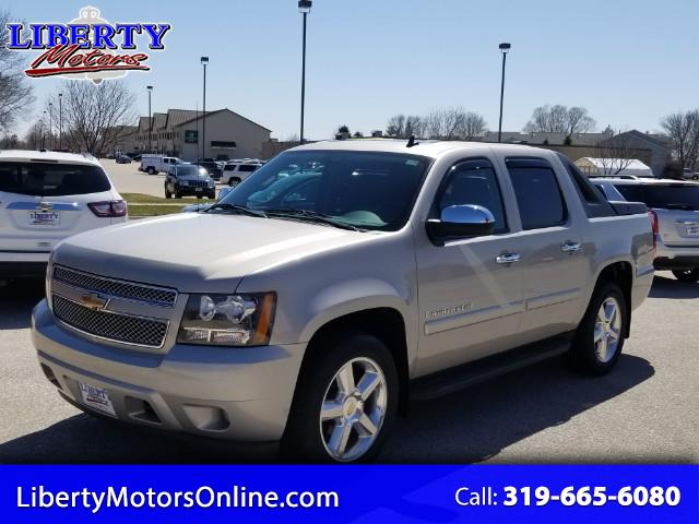 "2009 Chevrolet Avalanche 1500 5dr Crew Cab 130"" WB 4WD"
