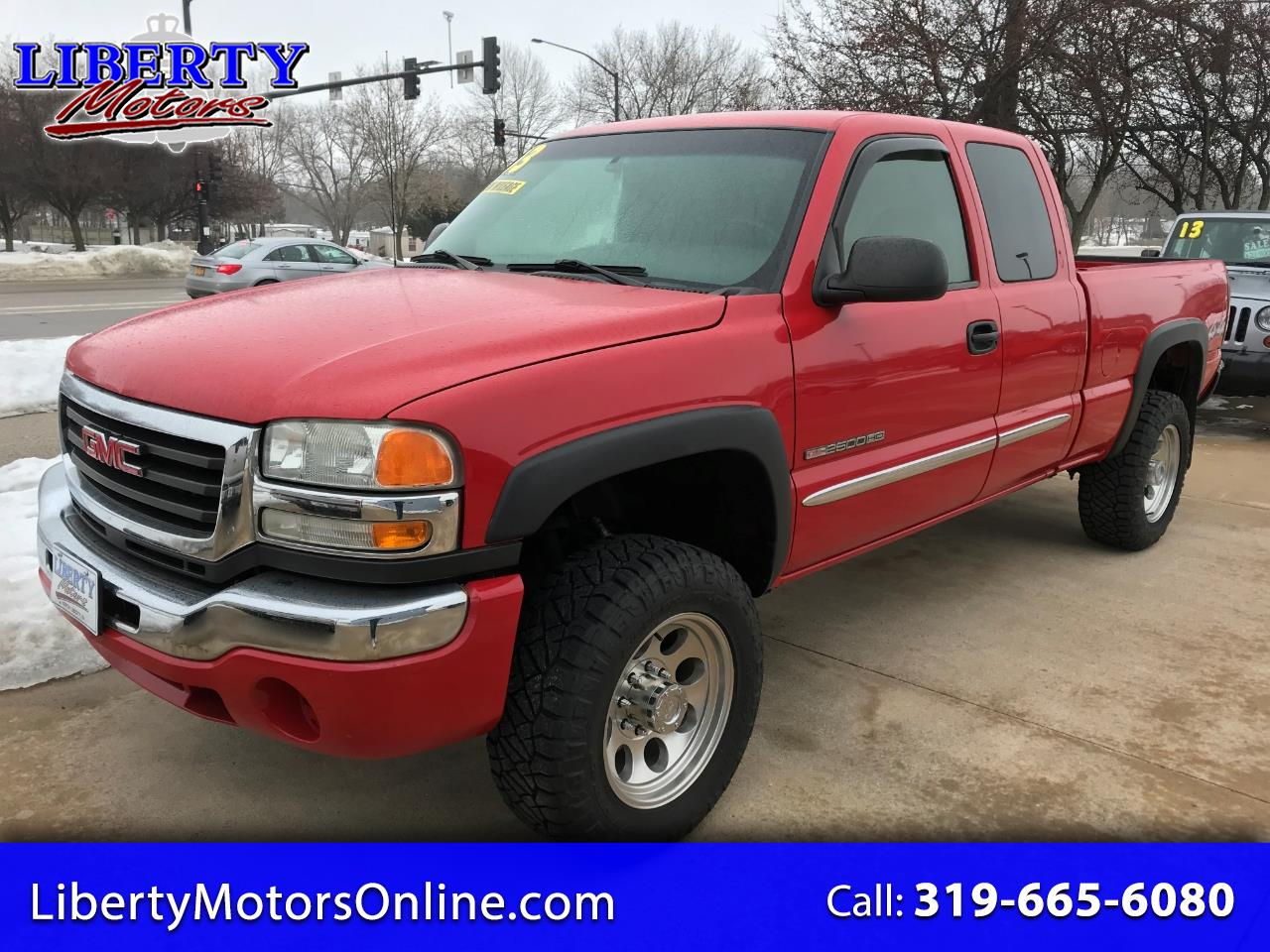 2003 GMC Sierra 2500HD Ext. Cab Short Bed 4WD