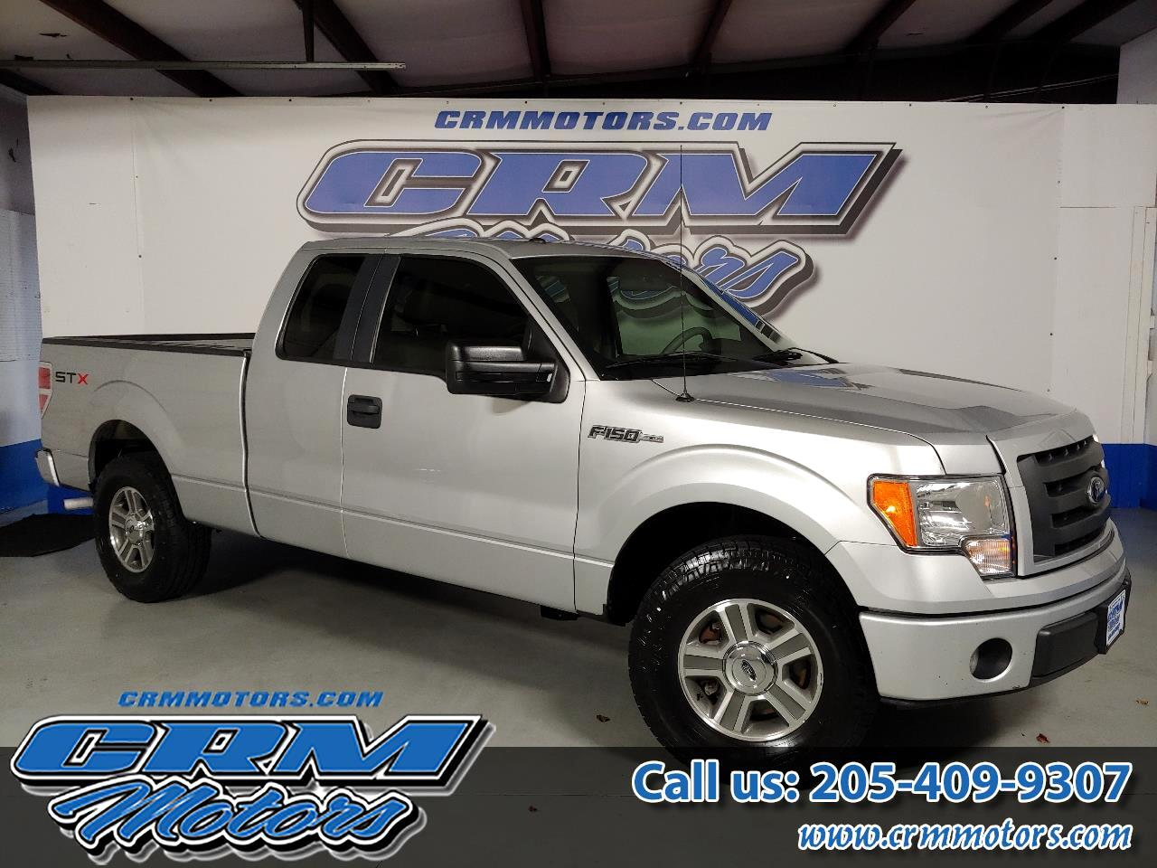 "Ford F-150 2WD SuperCab 145"" STX 2010"