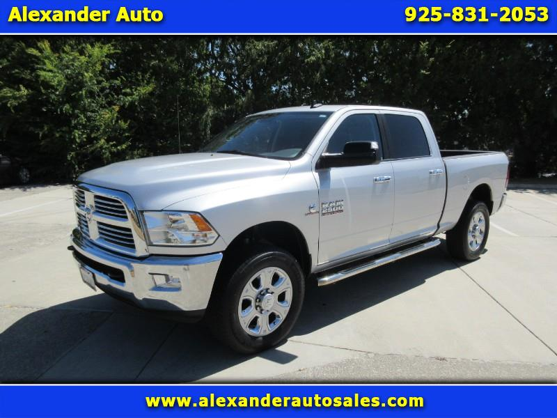 2015 RAM 2500 Big Horn Crew Cab 4WD Factory Air suspension