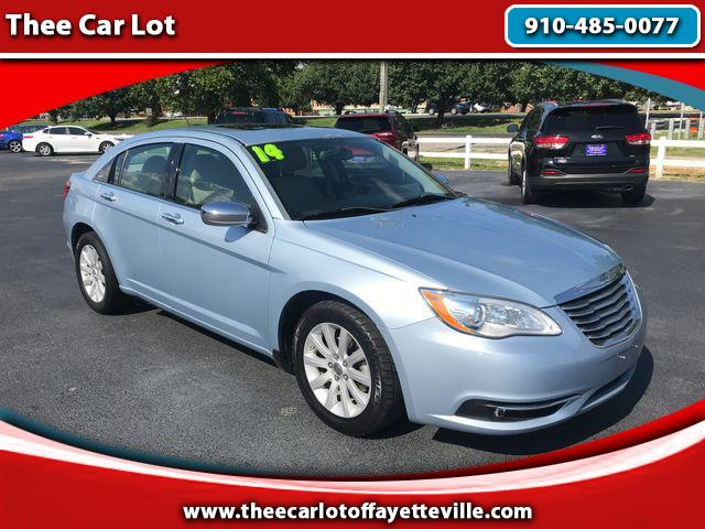 2014 Chrysler 200 Limited Sedan 4D