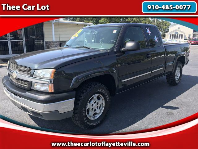 2004 Chevrolet Silverado 1500 LT Pickup 4D 6 1/2 ft