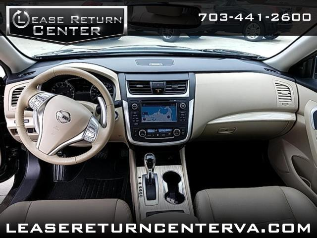 2017 Nissan Altima 2.5 SL with Navigation and Tech Package